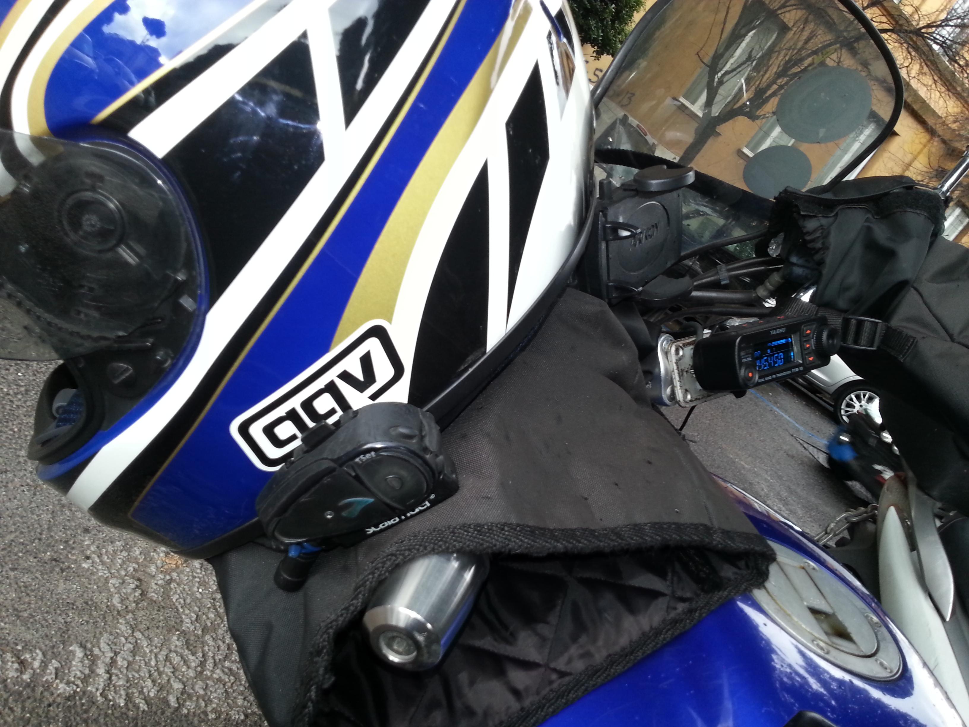 impianto bluetooth su casco